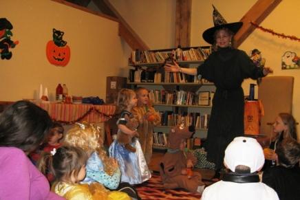 Halloween StoryTime – Oct.19